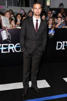 Just Wait 'Til You See What All Your Favorite Stars Wore to Last Night's 'Divergent' Premiere