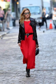 this-is-the-new-shoe-style-olivia-palermo-is-favouring-1945511-1476925375.640x0c.jpg 640×960 Pixel