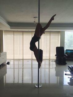 Pole Dancing Moves Photography Pictures Of Ideas Pole Fitness Moves, Pole Dance Moves, Pole Dancing Fitness, Barre Fitness, Fitness Exercises, Video Pole Dance, Yoga Asanas Images, Pole Dance Studio, Pool Dance