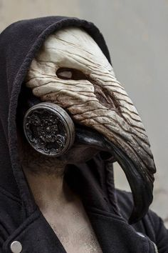 The pestilence doctor - crow mask - # crow mask doctor Creepy Masks, Creepy Art, Character Inspiration, Character Art, Character Design, Mascara Oni, Dark Fantasy, Fantasy Art, Plague Doctor Mask
