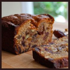 Banana Sour Cream Walnut Bread, an Old Fashioned Vintage Recipe / Great for Holiday Brunch, Gift Baskets & Perfect for Shipping to Friends Date Nut Bread, Banana Nut Bread, Frosting Recipes, Dessert Recipes, Nut Bread Recipe, Bread Recipes, Date Nut Loaf Recipe, Baking Recipes, Baking Breads