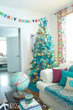 But if you truly want to stand out, we'd suggest you go for a blue Christmas tree this year. we've gathered a list of blue Christmas tree decoration ideas. Blue Christmas Tree Decorations, Ombre Christmas Tree, Merry Christmas, Christmas Love, Christmas Colors, Beautiful Christmas, All Things Christmas, Christmas Holidays, Holiday Decor