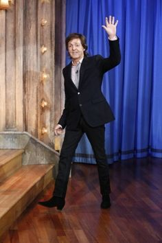 Paul McCartney jokes with Jimmy Fallon, claims 'I invented the selfie' (Video) | TheCelebrityCafe.com