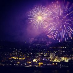 When you #travel with Azamara, you can experience a city's nightlife thanks to late and overnight stays.    Isn't this photo of fireworks in Nice, France spectacular?