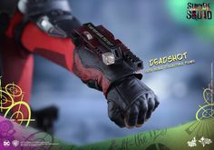 "Hot Toys Suicide Squad: Deadshot 1/6 Scale Collectible Action Figure ""So that's it, huh? We're the patsies. We're some kind of suicide squad. Let's go save the world!"" DC Comics' upcoming blockbuster,..."
