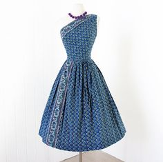 vintage 1950's dress ...fabulous CAROLYN SCHNURER by traven7, $270.00 Women's vintage fashion clothing outfit for summer parties