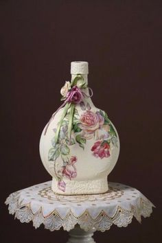 decorate Glass bottles with Decoupage (2)