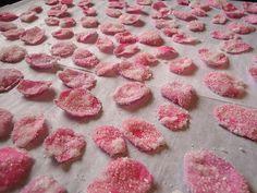 Kandierte Rosenblätter, ein tolles Rezept mit Bild aus der Kategorie Konfiserie. 13 Bewertungen: Ø 4,4. Tags: Konfiserie