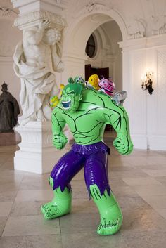 Hulk (Friends) | Jeff Koons, Hulk (Friends) (2004-2012)