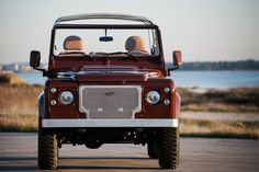 This Custom Land Rover Defender Has Incredible Style | Airows