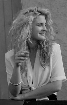 54 ideas fashion photography style icons photography glamour kate moss for 201968 Ideas fashion photography models ph Drew Barrymore Style, Drew Barrymore 90s, 1990 Style, Style Année 90, Grunge Style Jeans, Outfits Clueless, Pretty People, Beautiful People, 90s Hairstyles