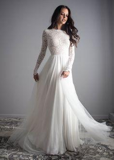 Zoey Scoop-Back Dress - Long Sleeve Wedding Dresses Indie Wedding Dress, Western Wedding Dresses, Lace Wedding Dress, Bohemian Wedding Dresses, Perfect Wedding Dress, Dream Wedding Dresses, Bridal Dresses, Dress Lace, Wedding Gowns