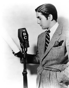 """ colorhollywood: "" Hollywood stars on the radio (part "" Let the Old Time Radio quest begin! Hollywood Stars, Classic Hollywood, Old Hollywood, Radios, Divas, Nostalgia, Tyrone Power, Power Star, Old Time Radio"