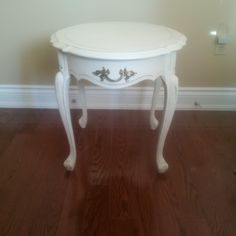 French Provincial Furniture, Vanity Bench, Nightstand, Table, Home Decor, Homemade Home Decor, Bedside Desk, Mesas, Desk