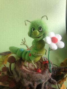 Felted caterpillar #needlefeltingtutorials