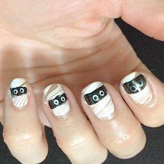 Mummy Nails!