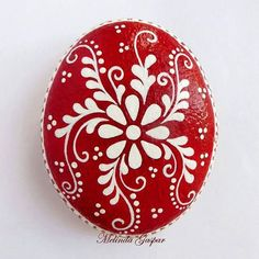 "Red&White painted stone ""Red&White painted stone *Change to black & white"", ""Hand painted rock with spring flowers and blue butterfly. Its a Great Gift Rock Painting Patterns, Dot Art Painting, Rock Painting Designs, Pebble Painting, Pebble Art, Stone Painting, Painting Stencils, Painting Flowers, Stone Crafts"