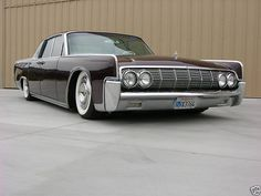 I fell in love with the continental when I first saw the black one in The Matrix. Love the clean straight lines.