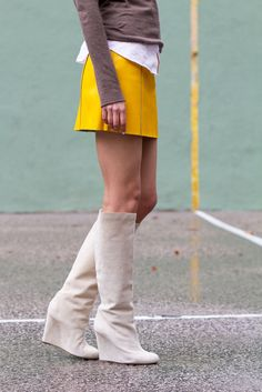 What Shoes to Wear With Jeans and Skirts This Fall | StyleCaster