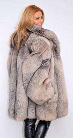 Fox Fur Coat, Fur Coats, Furs, Fur Accessories, Winter Wear, Fur Jacket, Fur  Fashion, Faux Fur, Collars 15023ffdeb