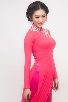 Quỳnh Thi duyên dáng áo dài ngày Phụ nữ - 24H