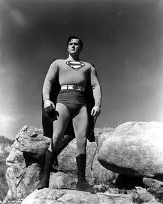 So Kirk Alyn as Superman looked in 1948
