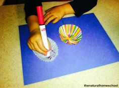 The Natural Homeschool: God Made All Flowers Craft (For Toddlers and Preschoolers)