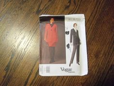 Vogue  Pattern Bill Blass American Designer  1457 Uncut Vogue
