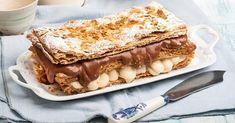 Profiteroles, Eclairs, Sweet Desserts, Sweet Recipes, Greek Sweets, Food Categories, Pavlova, Trifle, Food Plating