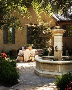French Courtyard Design Ideas, Pictures, Remodel, and Decor Italian Courtyard, French Courtyard, Courtyard Design, Italian Garden, Patio Design, Garden Design, French Patio, Courtyard Ideas, Courtyard Gardens