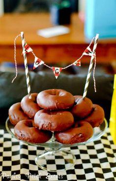 Donut cake. #mesadedoces #shopfesta