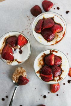 delicious strawberry panna cotta inspired by ina garten's recipe. a perfect way to take advantage of all the strawberries in season. #gravytrainblog