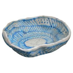 Bowl by Guido Gambone, Italy, circa 1950 Modern Serving Bowls, Modern Bowls, Ultimate Garage, Pottery Sculpture, Ceramic Design, Dining Furniture, Ceramic Pottery, The Help, Decorative Bowls
