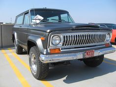 1976 Jeep Cherokee Chief in matte grey