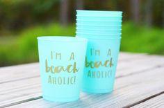 'I'm a Beachaholic' Flex Cup Set