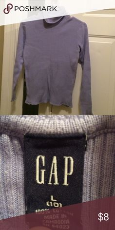 GAP turtle neck sweater Perfect condition, no snags GAP Shirts & Tops Sweaters