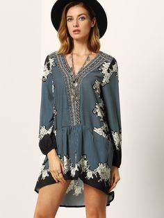 Online shopping for Black V Neck Vintage Print Dress from a great selection of women's fashion clothing & more at MakeMeChic.COM.