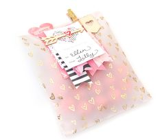 Some Beautiful Gift Wrap For Your Loved Ones:- Wanderlust Fashion . Pretty Packaging, Gift Packaging, Craft Gifts, Diy Gifts, Creative Gift Wrapping, Crate Paper, Crates, Card Making, Creations
