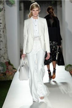 White. Mulberry. Spring/Summer 2013. Runway Look 31.