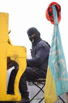 #Ukraine #2014 #Euromaidan #war #piano