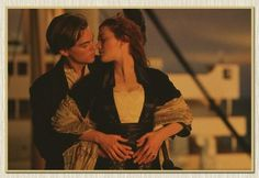 RR Titanic LOVE Classic Old Movie Kraft Paper Wall Poster Pub Cafe Bar Living Room Picture Sticker Posters 42x30CM