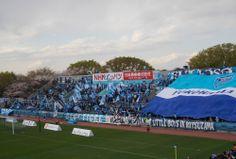 Yokohama FC gegen Roasso Kumamoto in Nippatsumitsuzawa-stadion 05.04.2014 横浜FCvsロアッソ熊本 2014年度J2第6節 ニッパツ三ツ沢競技場   Show the FLAG !!