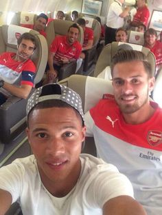 Selfie on the plane #Arsenal                                                                                                                                                                                 More
