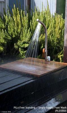 Com - pila outdoor showers - foot wash - free standing single supply Outdoor Retreat, Outdoor Rooms, Outdoor Living, Outdoor Showers, Outdoor Areas, Small Septic Tank, Rustic Outdoor, Outdoor Decor, Foot Wash