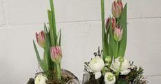 Bloemschikken Voorjaar & Pasen 2016 - 7. Twee halve eieren op schaal   Benodigdheden: *tempex ei - *plankje in vorm van ei of schaal - *b... Mixed Media, Plants, Mixed Media Art, Planters, Plant, Planting