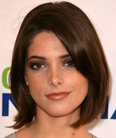 Long Bob Hairstyles Inspired by Celebrities: Ashley Greene Medium Hair Cuts, Short Hair Cuts, Short Hair Styles, Haircut Medium, Long Bob Haircuts, Long Bob Hairstyles, Neck Length Hairstyles, Ashley Greene Hair, Current Hair Trends