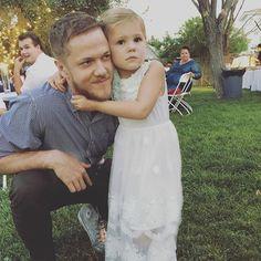 Dan Reynolds and daughter Arrow❤