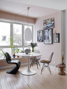 The Bohemian Home of Interior Stylist Birgit Fauske (Inattendu) Dining Room Chairs, Dining Table, Interior Stylist, Interior Design, Half Painted Walls, Panton Chair, Bohemian House, Pink Walls, Pantone