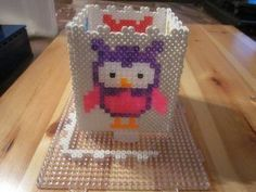 Lamp of Perler Beads - Instructions and Template Perler Bead Templates, Diy Perler Beads, Perler Patterns, Pencil Boxes, Pencil Holder, Perler Beads Instructions, Do It Yourself Lampe, Hobbies And Crafts, Beading Patterns