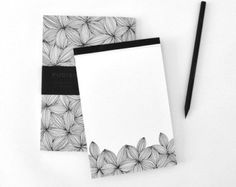 Notepads and memo pads remain an extremely well used and useful piece of stationery marketing. Notepad printing that promotes the brand of a business is an effective way to reinforce the presence of your business in the minds of customers. |Printing fly, Los Angeles